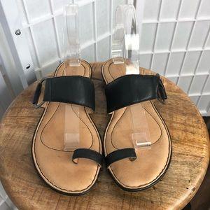 Born Women's Black Leather Sandals Size 8M